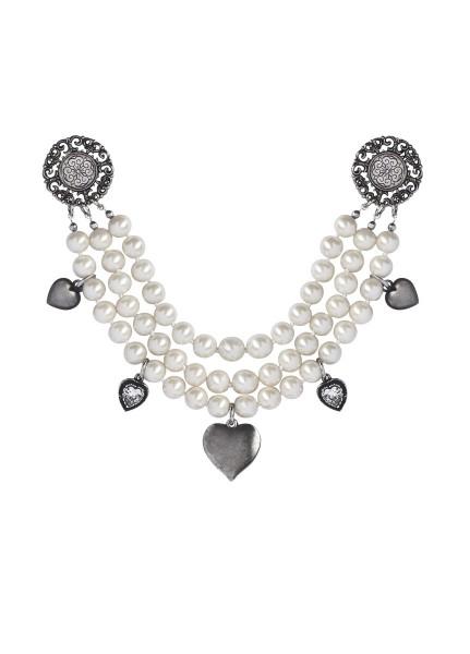 anina-w-trachtenschmuck-dirndl-charivar-perlen