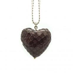 Halskette in 2 verschiedenen Längen, mit edlem Lederherz-Anhänger von TUYA-Designs - jetzt bei Anina W!